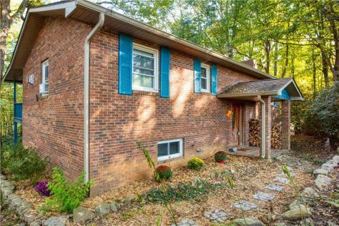 33 Milburn Lane Hendersonville NC 28792