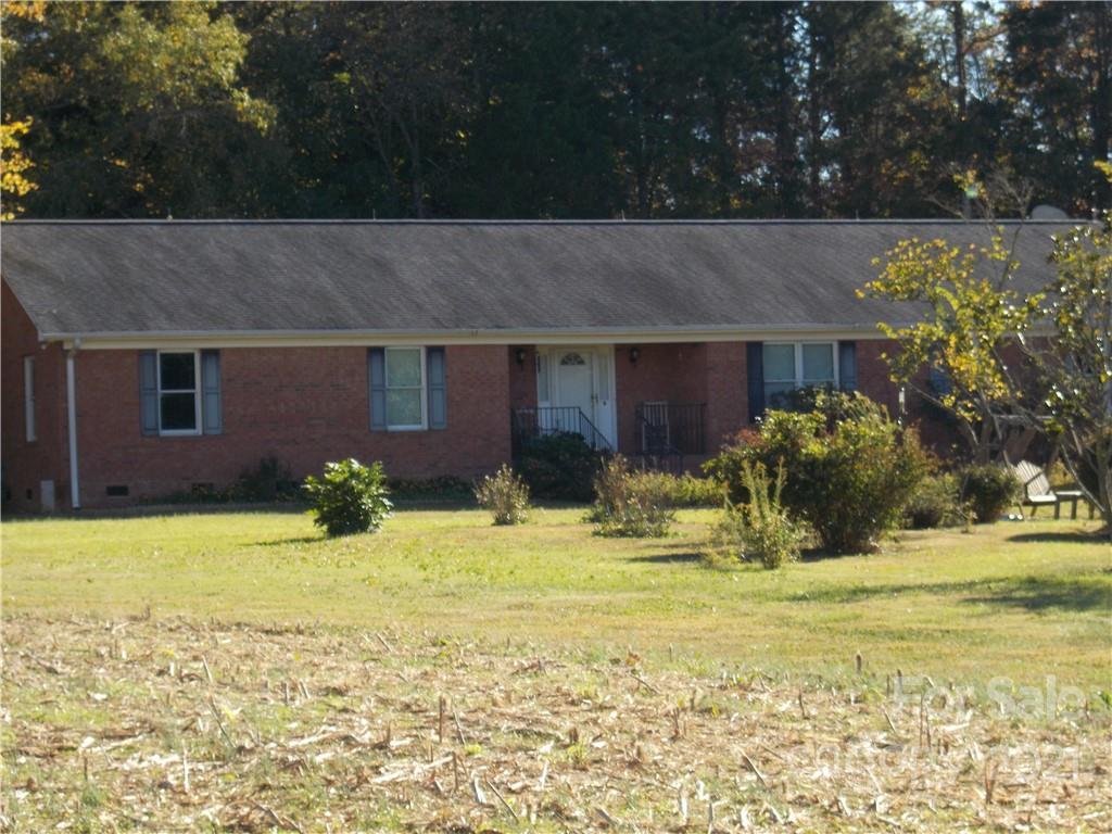 109 Brief Road W Fairview NC 28079