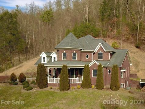 664 Griffith Branch Road Green Mountain NC 28740