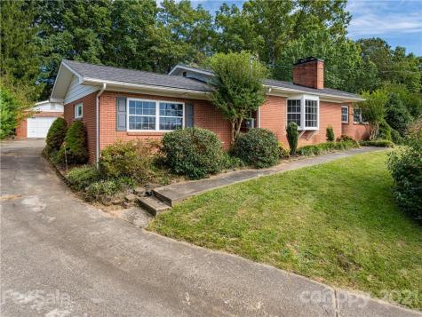 59 Dogwood Grove Asheville NC 28805