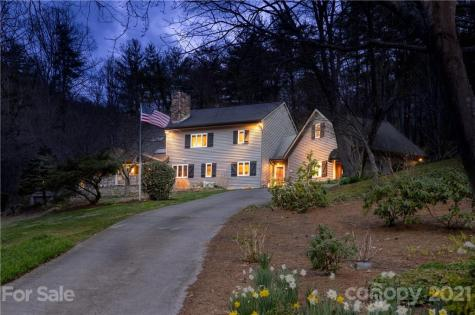 9 Brookwood Court Asheville NC 28804