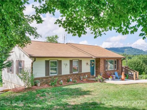 35 Terrace Drive Weaverville NC 28787
