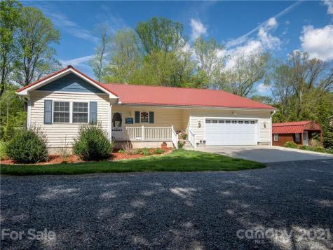 29 Deborah Lane Waynesville NC 28786