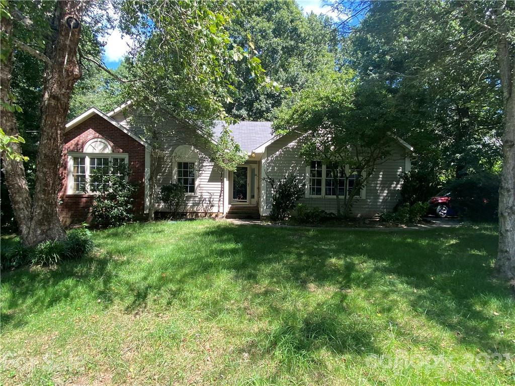 7 Strathmore Drive Arden NC 28704