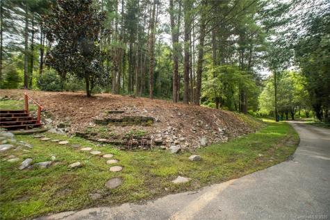 12 Parkway Creek Asheville NC 28803