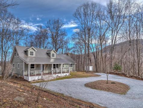 3053 Timber Trail Hendersonville NC 28792