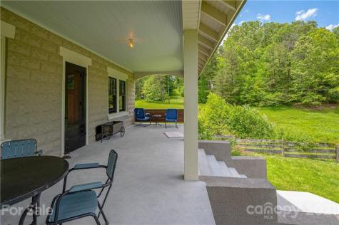 33 Mezzo Cove Asheville NC 28804