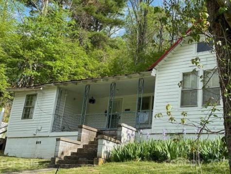 3697 Cane Creek Road Bakersville NC 28705