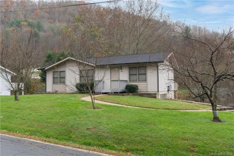 1496 Crymes Cove Road Waynesville NC 28786