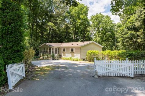 33 Robin Lane Asheville NC 28806
