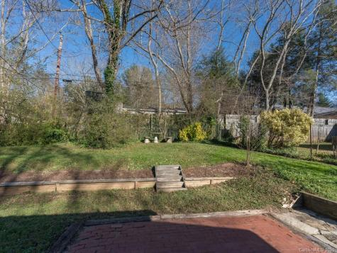 37 Mulberry Court Asheville NC 28704