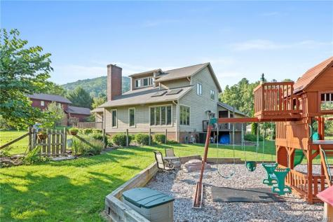 11 Arrow Place Asheville NC 28805