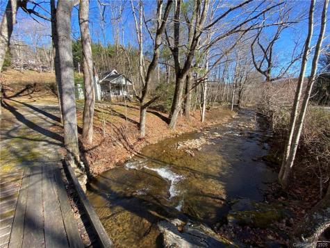 131 Lower Browns Creek Road Burnsville NC 28714