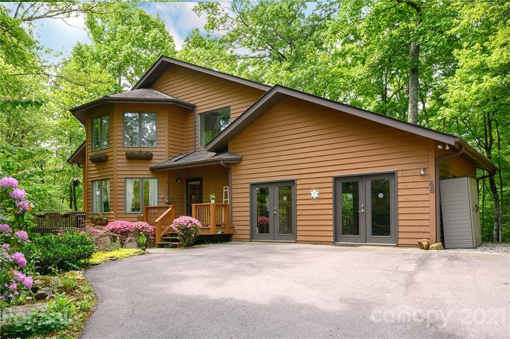 48 Whitaker View Road Fairview NC 28730