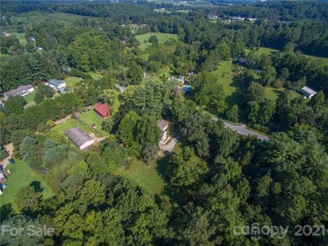 4486 Sugarloaf Road Hendersonville NC 28792