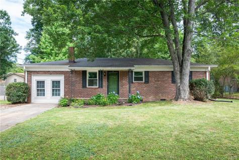 12 Woodhaven Drive Arden NC 28704