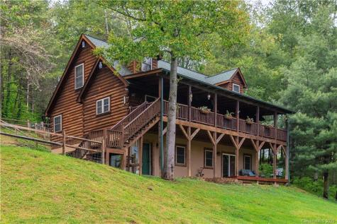 228 White Mountain Road Waynesville NC 28785