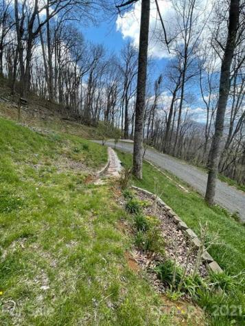 196 Red Tail Ridge Bakersville NC 28705