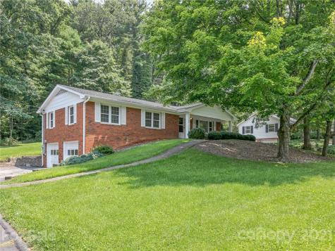 126 Fox Chase Road W Asheville NC 28804