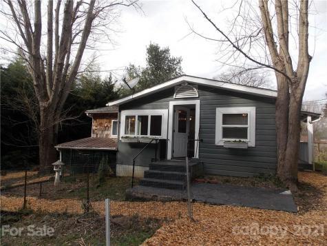 36 Loomis Avenue Asheville NC 28803
