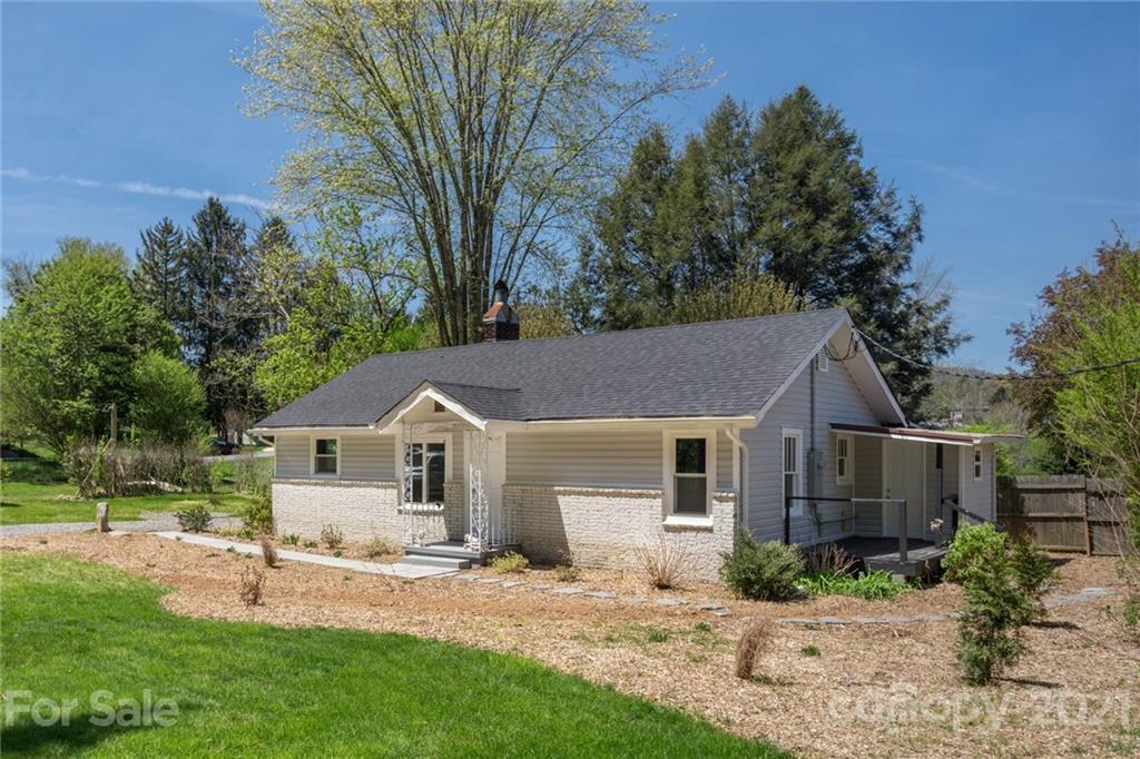 35 Whispering Pines Lane Canton NC 28716