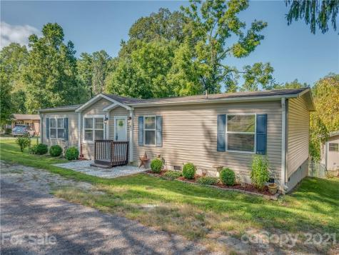 82 Sycamore Circle Hendersonville NC 28791