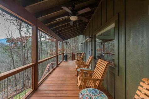 38 Bakers Acres Lane Leicester NC 28748