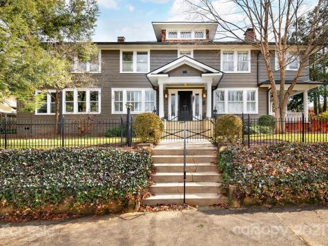 37 Lawrence Place Asheville NC 28801