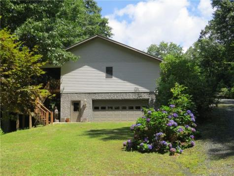 223 Mountain Trail Lane Burnsville NC 28714