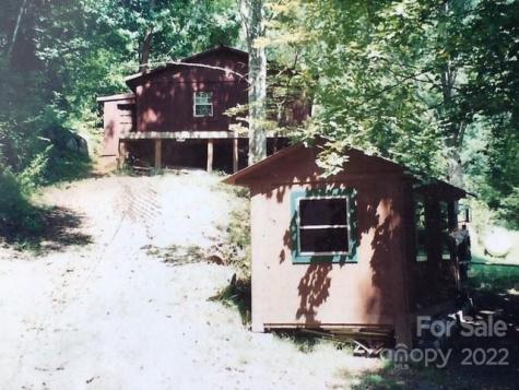 4337 White Oak Road Waynesville NC 28785