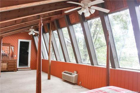 138 Lakeview Road Spruce Pine NC 28777