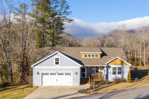 47 Parrot Road Candler NC 28715