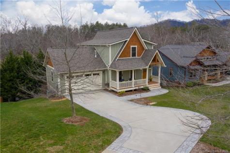 3 Grove Knoll Court Asheville NC 28805