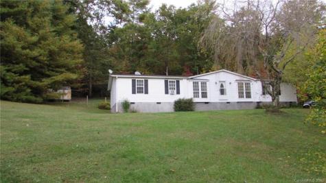 181 Spanish Oak Drive Burnsville NC 28714