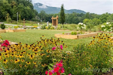 532 Sweet Birch Park Lane Black Mountain NC 28711