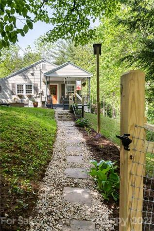 2 Spring Cove Road Asheville NC 28804