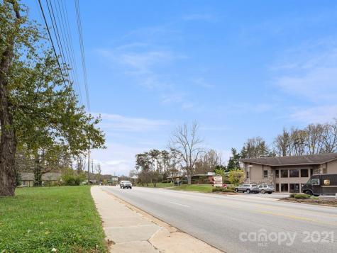 1086 Hendersonville Road Asheville NC 28803