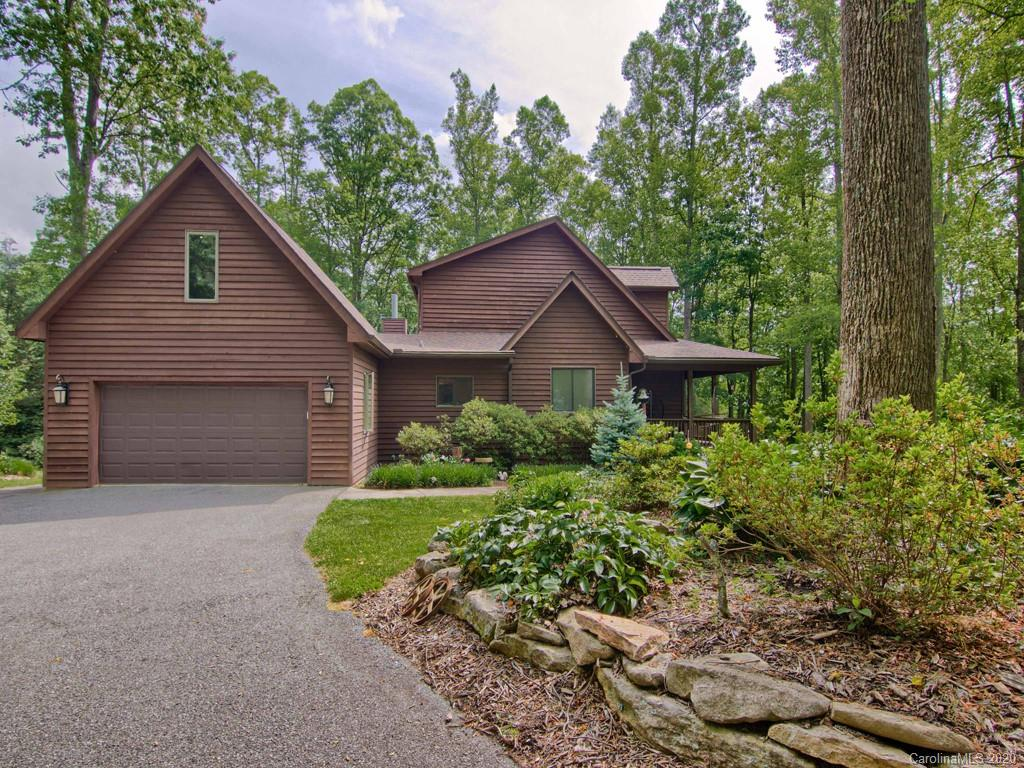 543 Bearwallow Mountain Road Hendersonville NC 28792