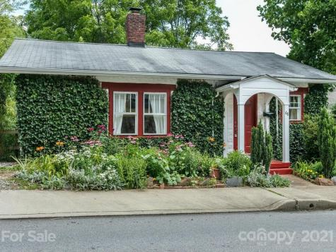 68 Sand Hill Road Asheville NC 28806