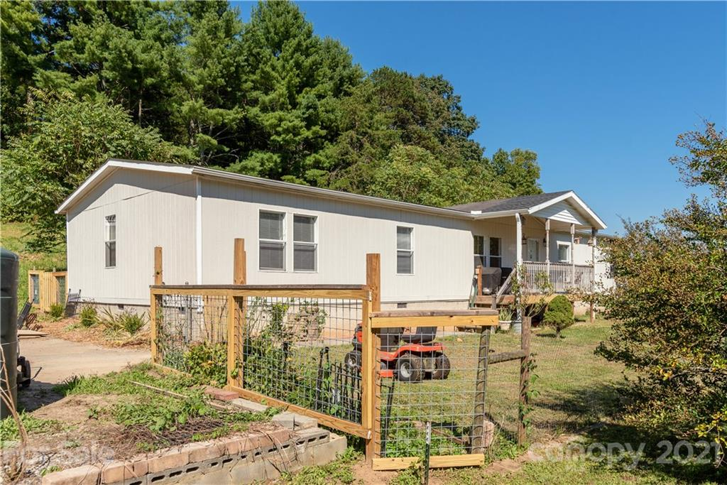 219 Beth Ann Lane Hendersonville NC 28792