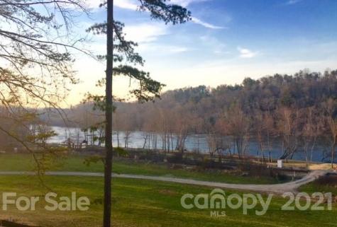 12 River Run Asheville NC 28804
