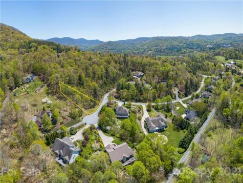 146 Twin Courts Drive Weaverville NC 28787