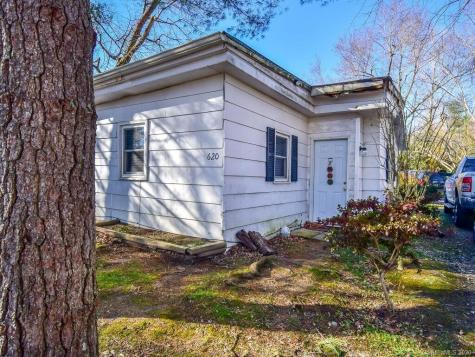 620-622 Fitzsimmons Street Hendersonville NC 28792