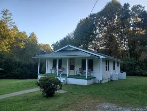 212 Reid Siding Road Lake Toxaway NC 28747