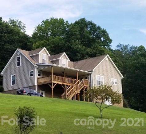 572 Roland Branch Road Burnsville NC 28714
