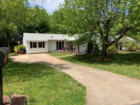 51 Lynwood Circle Asheville NC 28806