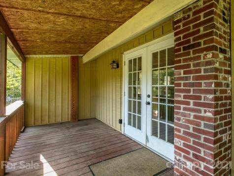 77 Starnes Cove Road Asheville NC 28806