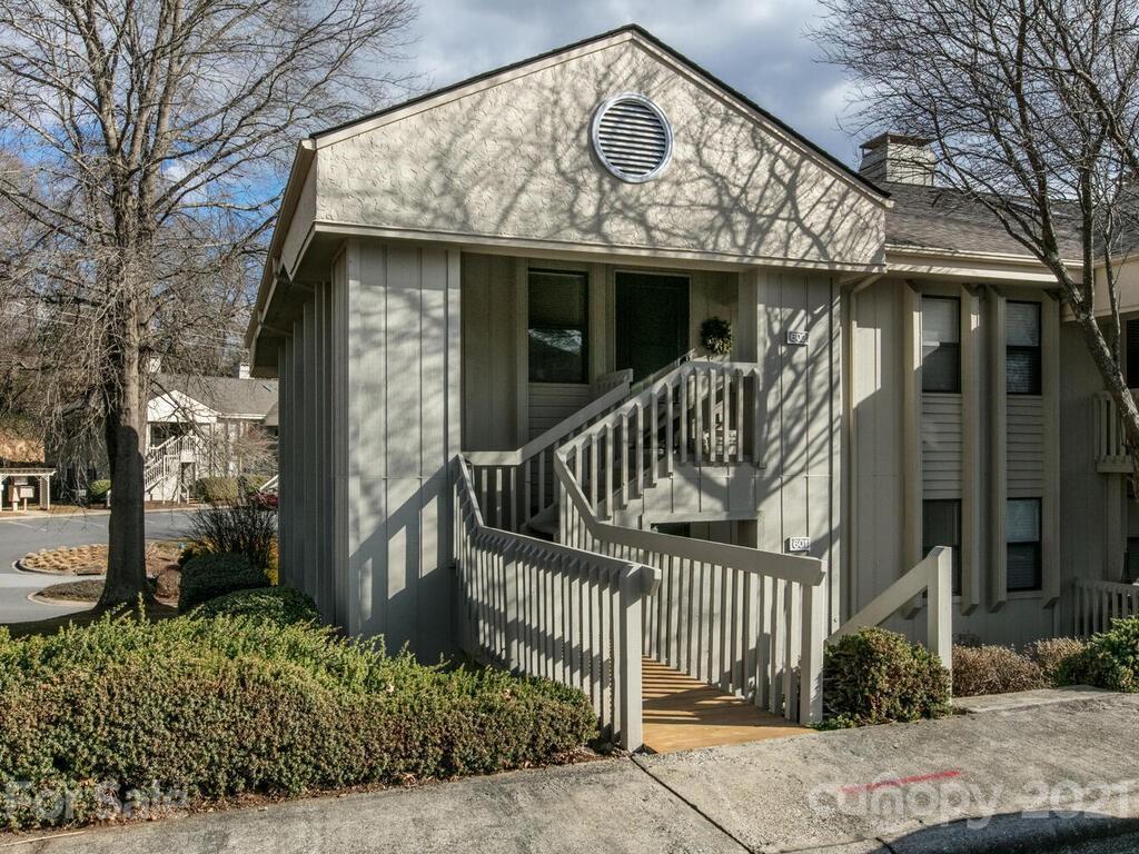 601 Abbey Circle Asheville NC 28805