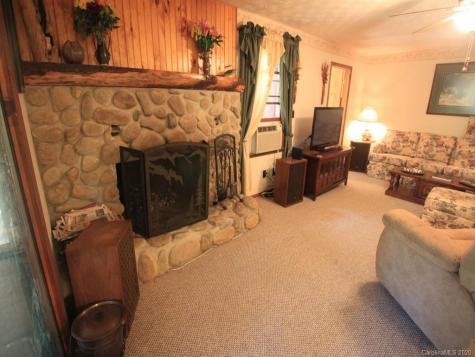 335 Byrd Mountain Estates Road Burnsville NC 28714