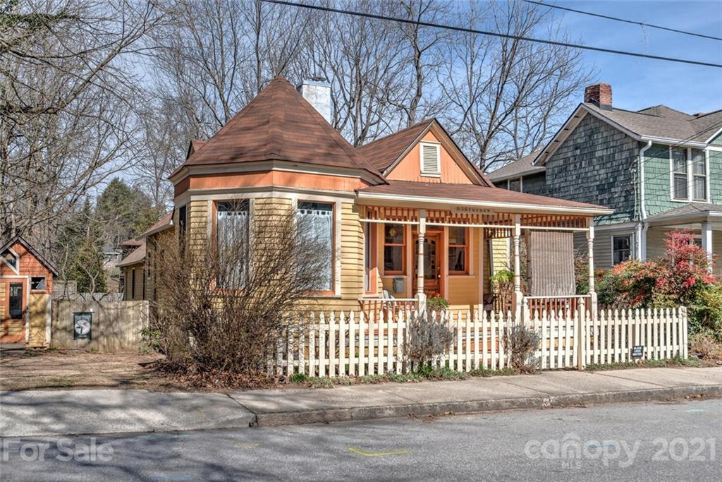 83 Starnes Avenue Asheville NC 28801